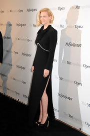 January Jones arrived at the Metropolitan Opera premiere of 'Manon' wearing a pair of patent leather peep toe pumps.