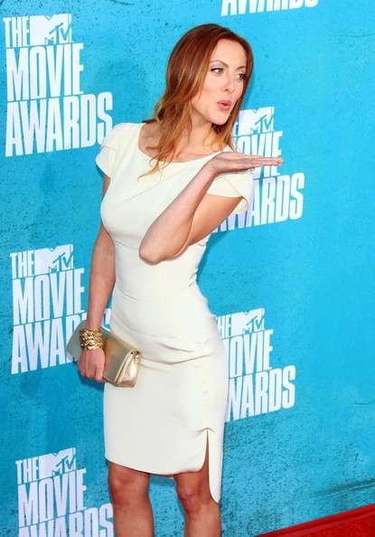Celebs Arrive at the 2012 MTV Movie Awards