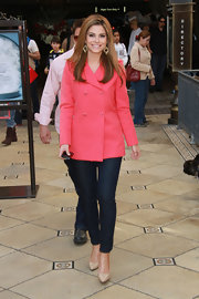 Maria Menounos brightened her winter look with a bubblegum pink pea coat.