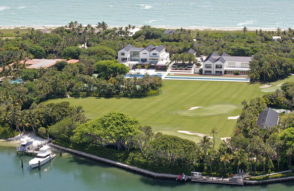 THATS A HOLE IN ONE TO AVOID! Tiger Woods' $80 million Jupiter Island mansion is currently undergoing repairs for a massive hole in the dining room