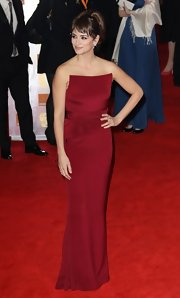 Penelope Cruz looked divine in this wine gown at the BAFTAs.