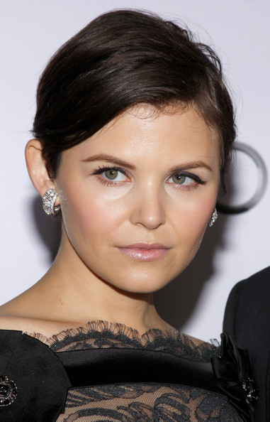 Ginnifer Goodwin Short Side Part []