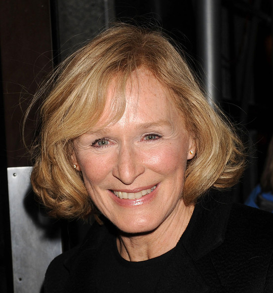 Glenn Close Curled Out Bob []