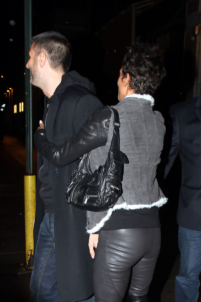 More Pics Of Halle Berry Leather Jacket 1 Of 17 Halle