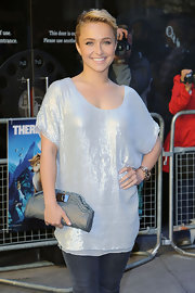 Hayden paired her sequin top with a metallic Cheshire clutch in gunmetal.