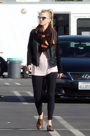 "Heather Morris arrived to the set of ""Glee"" in a pair of classic cognac oxfords."