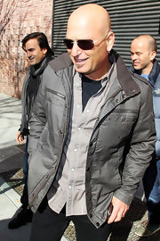 Howie Mandel was a style star in an ultra-mod gray jacket.