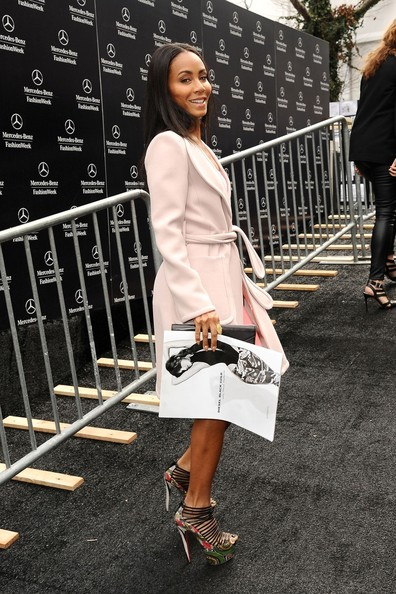 More Pics of Jada Pinkett Smith Wool Coat (1 of 15) - Jada Pinkett Smith Lookbook - StyleBistro