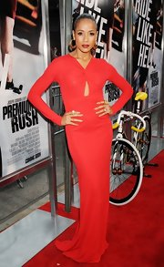Dania looked smoking on the red carpet in this knit gown with a subtle keyhole.