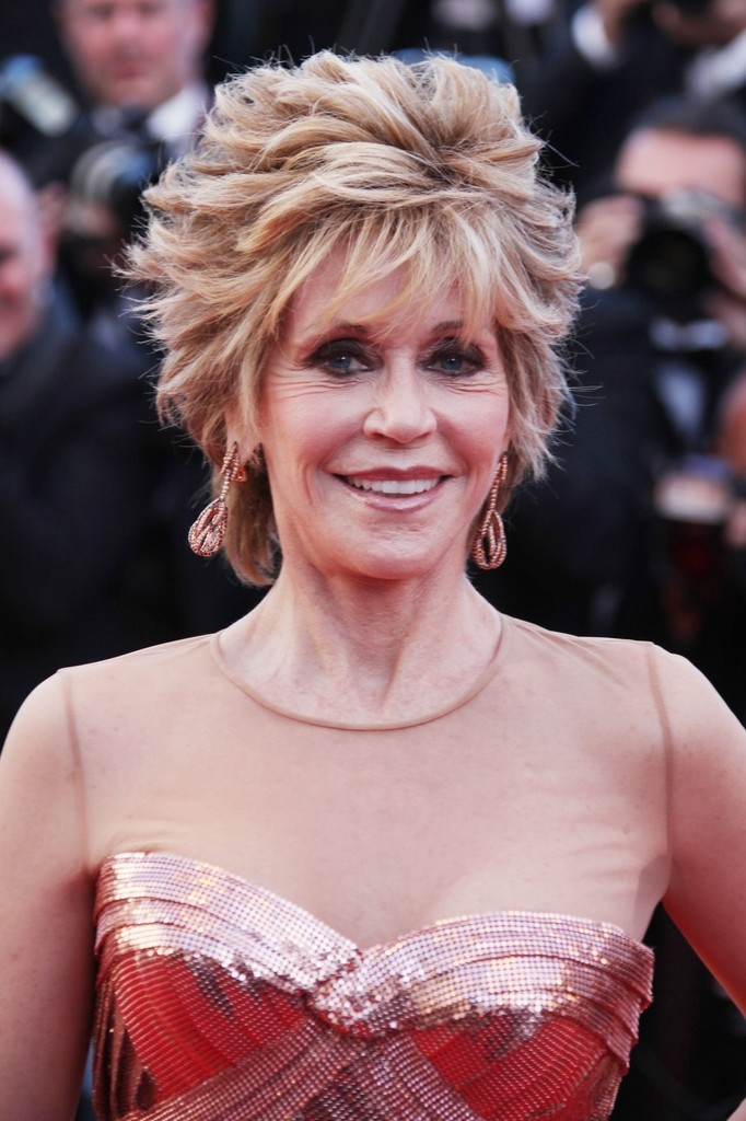 Jane Fonda Dangling Diamond Earrings Jane Fonda Looks