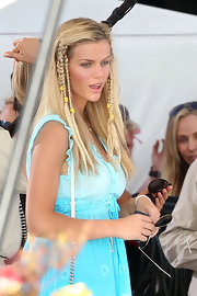 "Brooklyn Decker showed off her bohemian style while filming a scene from 'Just Go With It"" in Hawaii. Her braided locks were just the right hairdo for the part."