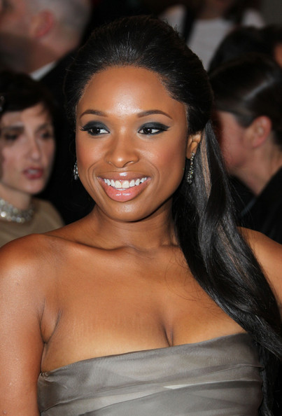 Jennifer Hudson Half Up Half Down