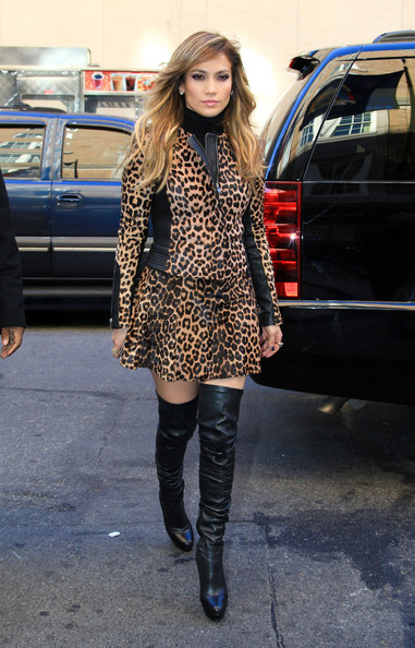 More Pics of Jennifer Lopez Leather Jacket (1 of 8) - Jennifer Lopez Lookbook - StyleBistro