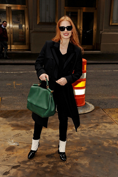 More Pics of Jessica Chastain Wool Coat (11 of 22) - Jessica Chastain Lookbook - StyleBistro