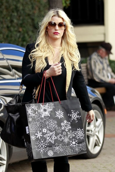 Jessica Simpson Shops in Beverly Hills