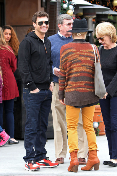 Ryan Seacrest and Julianne Hough Shop in Beverly Hills