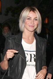 Julianne Hough rocked the short and choppy bob while hanging out at the Chateau Marmont in Hollywood.