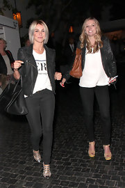 Julianne Hough chose a classic leather jacket to pair over her tee for a cool and slightly edgy evening look.