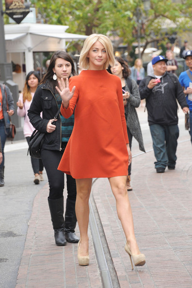 More Pics of Julianne Hough Day Dress (6 of 14) - Julianne Hough Lookbook - StyleBistro