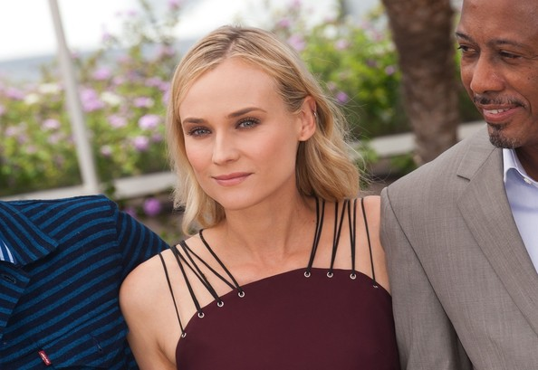 More Pics of Diane Kruger Long Wavy Cut (1 of 6) - Long Wavy Cut Lookbook - StyleBistro