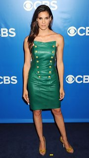 This military-inspired green leather cocktail dress was an out of the box choice for Daniela Ruah.