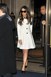 Kate Beckinsale was utterly flawless in a ladylike white coat with a shawl collar.