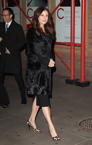 Julia Roberts added allure to an all black ensemble with Giuseppe Zanotti Leopard Peep Toe Pumps.
