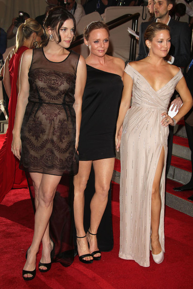 Stella McCartney, Liv Tyler and Kate Hudson at The Costume Institute Gala