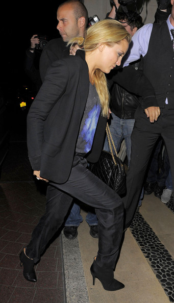 More Pics of Kate Hudson Ankle Boots (5 of 8) - Boots Lookbook - StyleBistro []