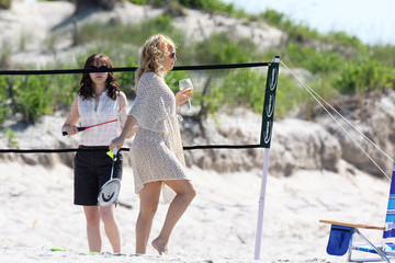 Kate Hudson Ginnifer Goodwin Kate Hudson Plays Badminton on a Beach
