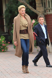 Katherine Heigl wore an extra wide brown leather belt while out and about in Los Angeles.