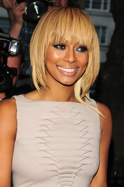 Keri Hilson styled her blond mane in a straight cut with wispy bangs that provided a nice frame for her face.