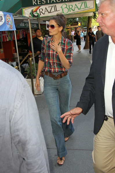 Katie Holmes High-Waisted Jeans