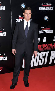 Tom Cruise wore a crisp classic suit for the 'Mission: Impossible' premiere in NYC.