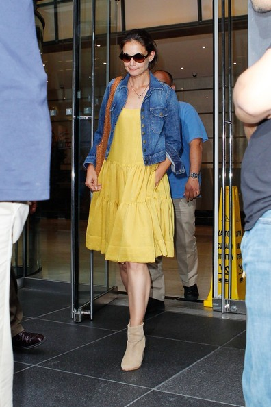 More Pics of Katie Holmes Day Dress (1 of 10) - Katie Holmes Lookbook - StyleBistro