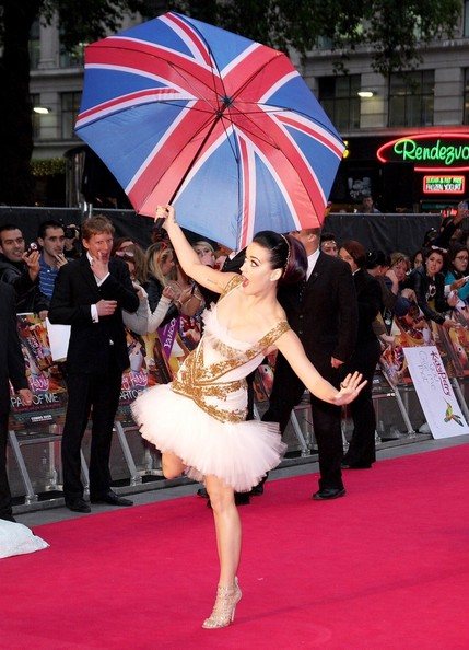 Katy Perry arrived for the London premiere of 'Part of Me 3D' carrying a Union Jack umbrella.