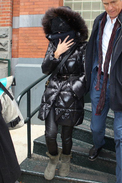 Katy Perry Puffa Jacket []