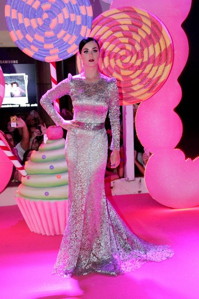 More Pics of Katy Perry Lace Dress (1 of 15) - Dresses & Skirts Lookbook - StyleBistro []