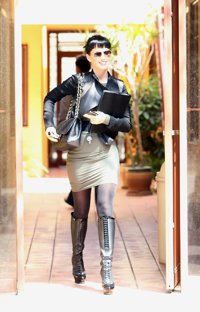 More Pics Of Katy Perry Knee High Boots 1 Of 7 Katy