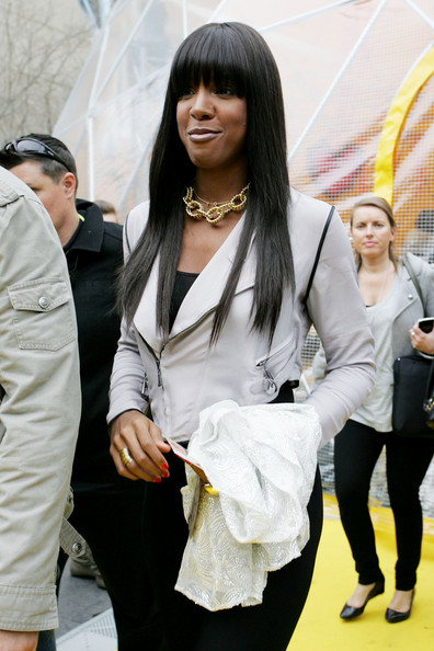 Kelly Rowland Gold Chain