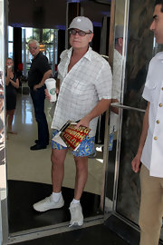 Kelsey Grammer's patterned white button-down and graphic-print shorts were a very, um, interesting combination.