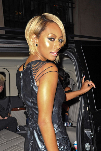 Keri Hilson Metallic Eyeshadow