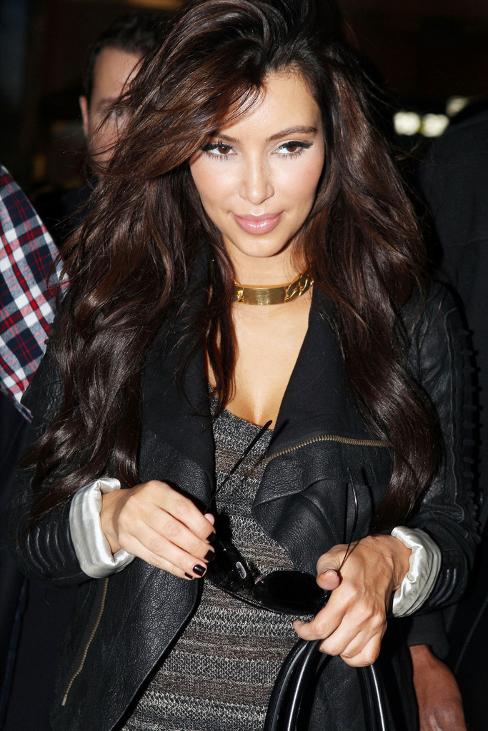 Kim Kardashian Dark Nail Polish - Kim Kardashian Nails Lookbook ...