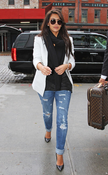 A White Blazer and Torn Jeans Like Kim Kardashian