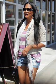 Kimora Lee Simmons showed off her rectangle shades while hitting the LA streets.