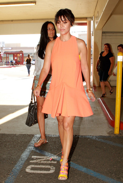 More Pics of Kourtney Kardashian Day Dress (1 of 11) - Kourtney Kardashian Lookbook - StyleBistro