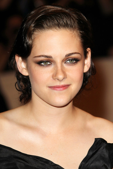 "Monday May 3 2010..""Twilight"" star Kristen Stewart rocks a Chanel gown ..."