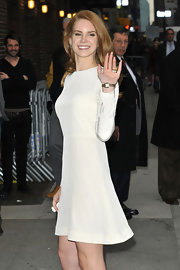 Lana Del Rey wore a white A-line dress for her 'Letterman' appearance.