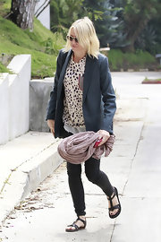 Naomi Watts kept her look casual and cool while out with a friend, with this spotted blouse.