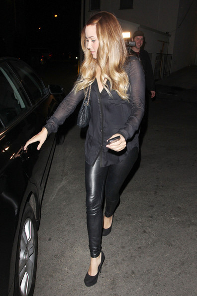 More Pics of Lauren Conrad Leggings (1 of 12) - Lauren Conrad Lookbook - StyleBistro